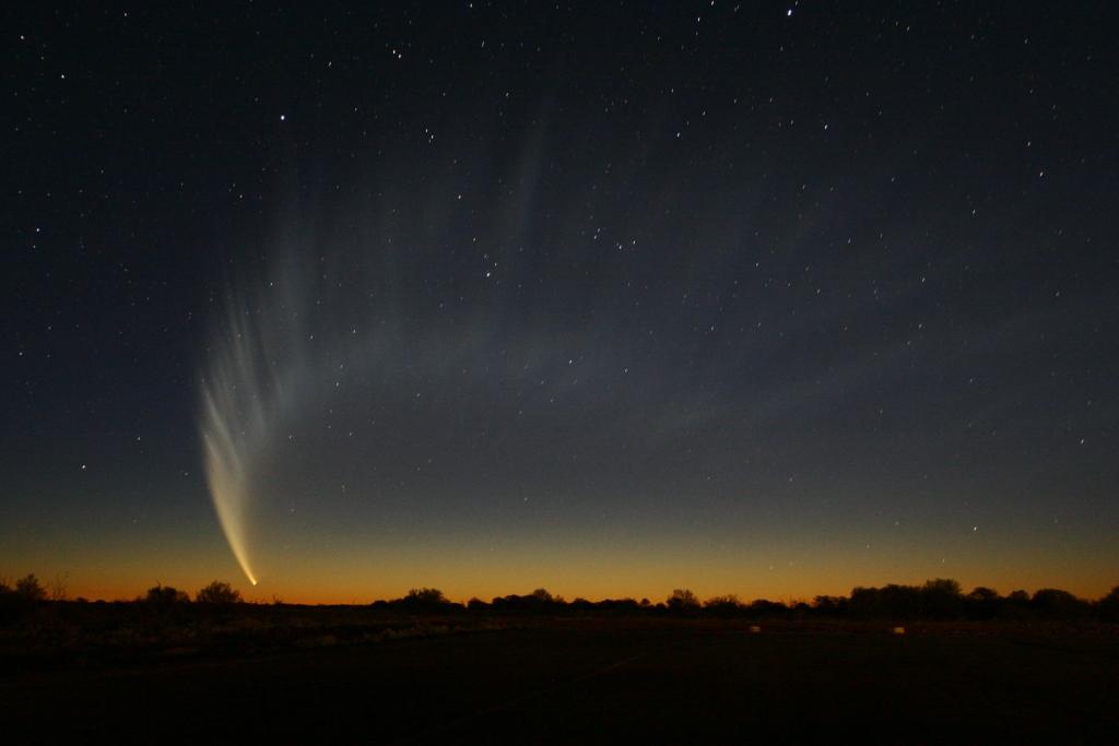 comet mcnaught over australia